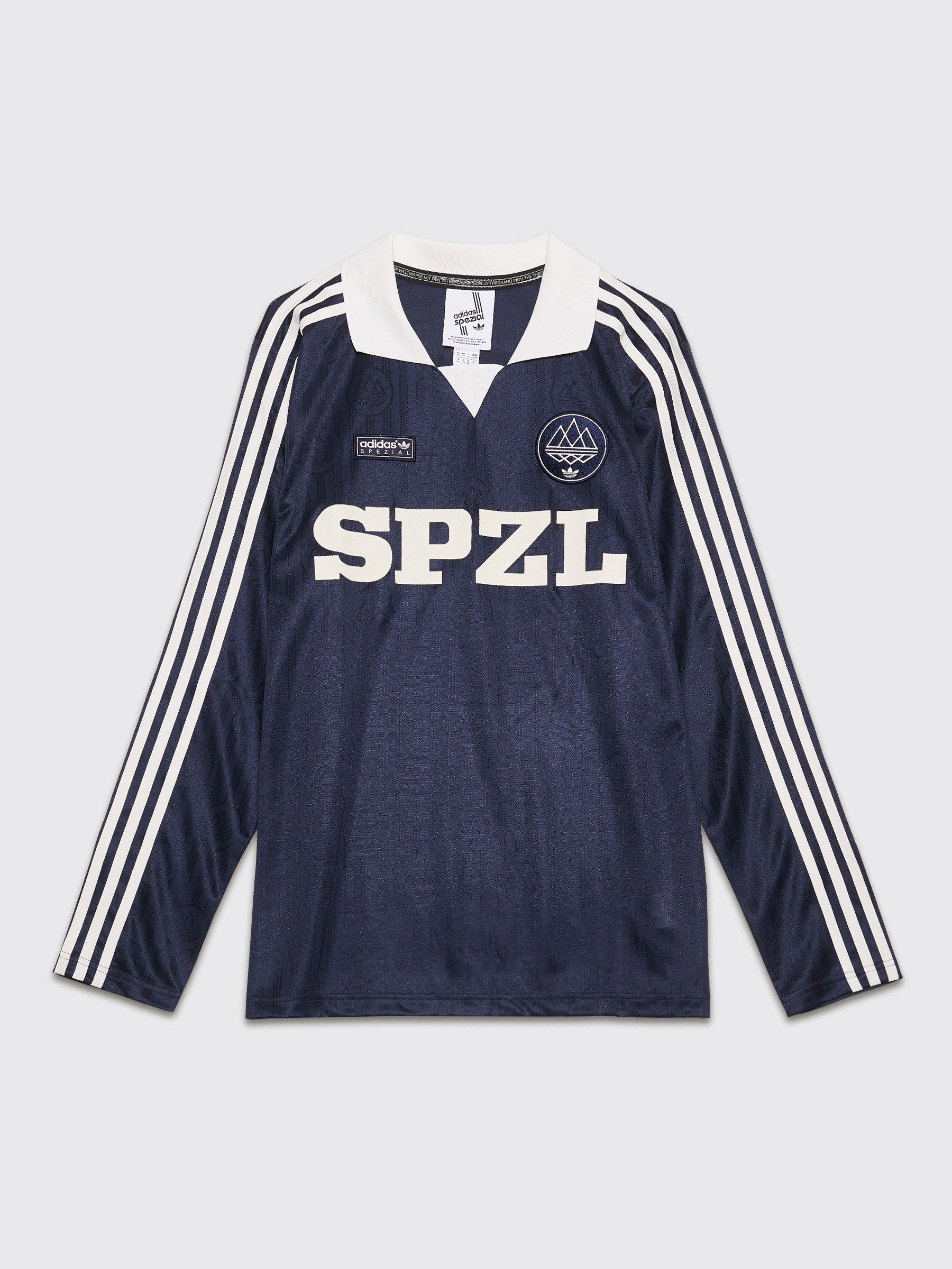 a35a444ad157f4 Très Bien - adidas Spezial Lymwood Jersey Top Core White   Night Navy