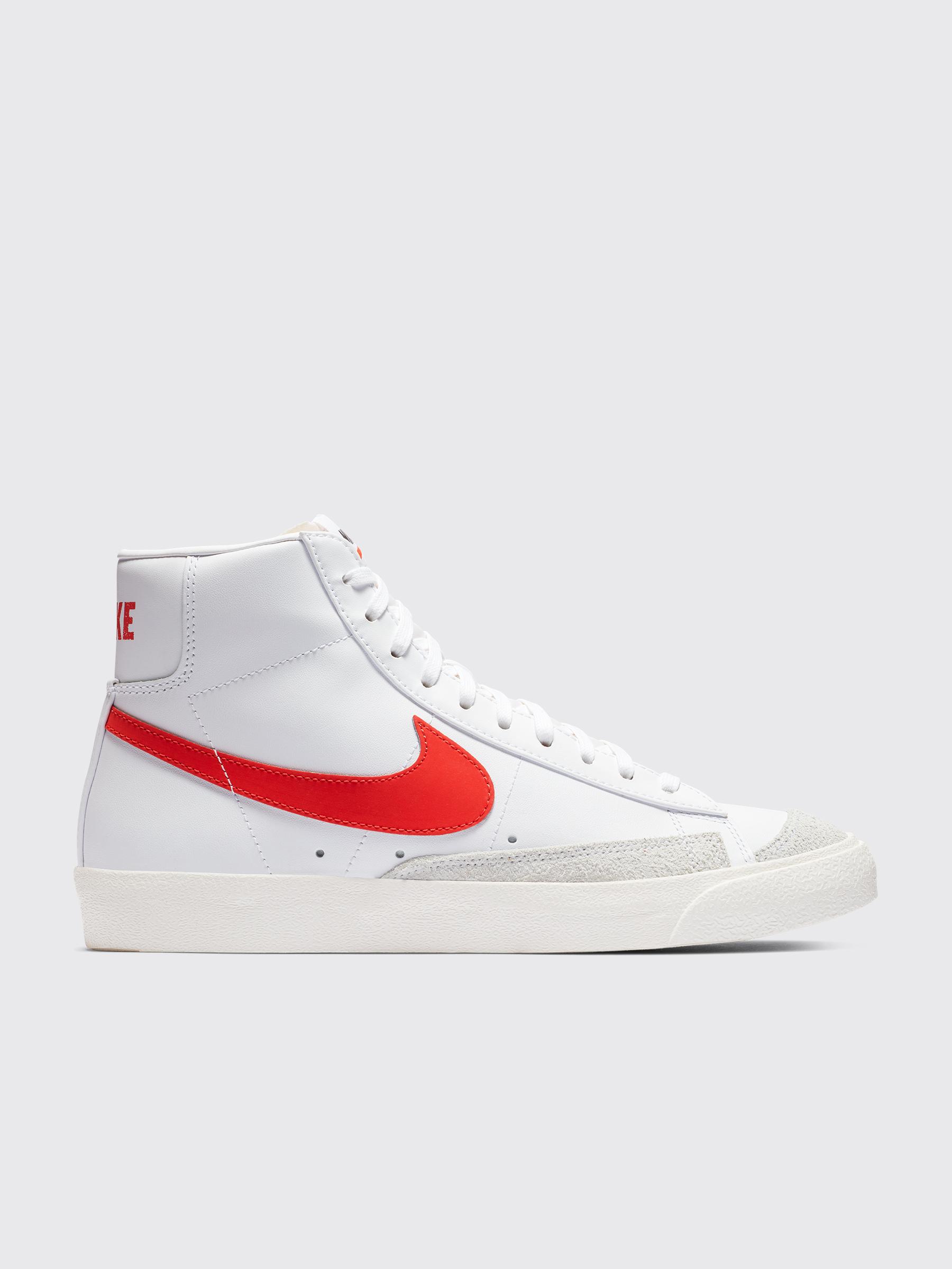reputable site 981b6 193b2 Très Bien - Nike Blazer Mid  77 Vintage Habanero Red