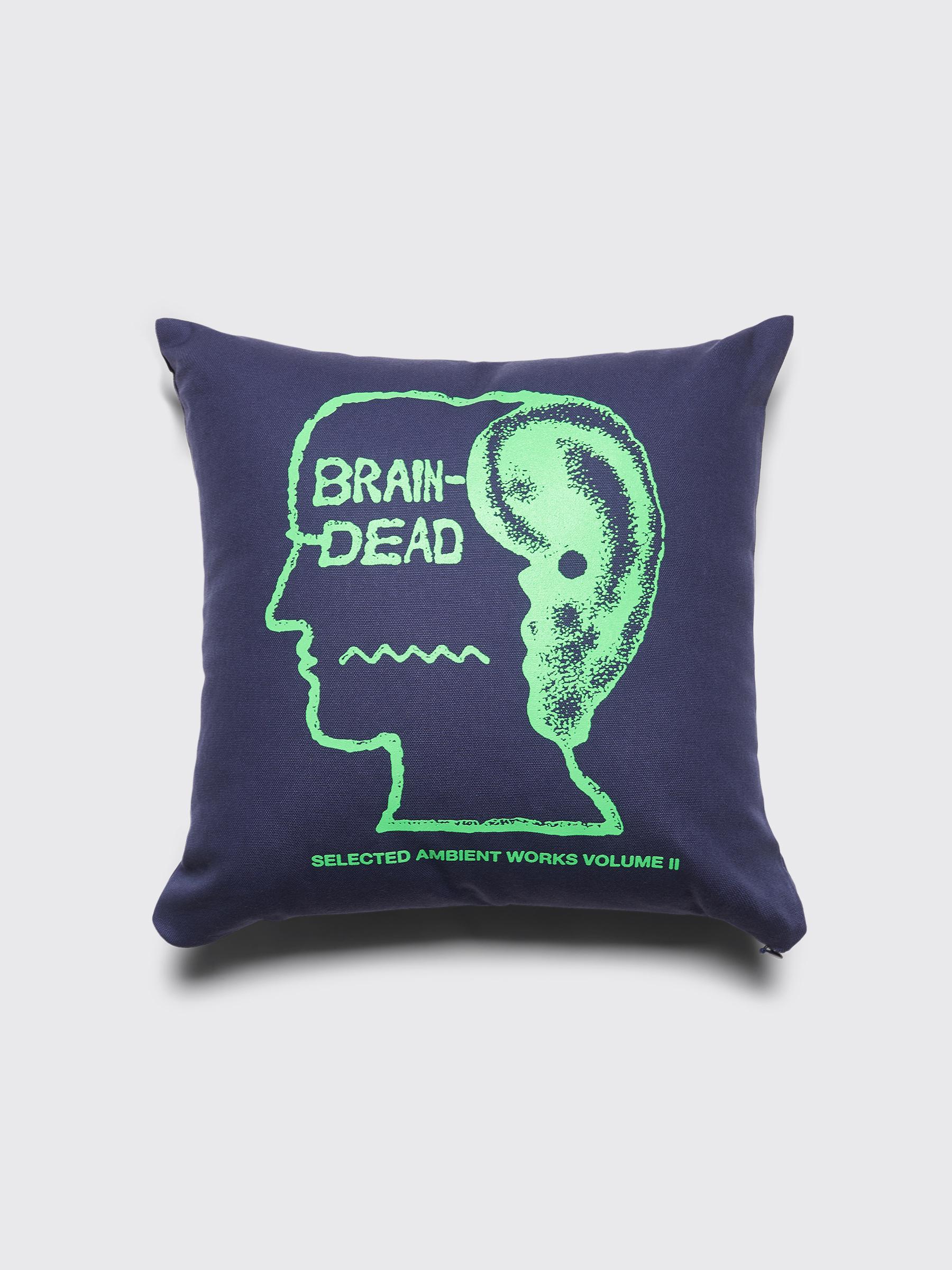 feb1e93d55c Très Bien - Brain Dead Ambient Pillow Navy