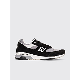 New Balance M9915 Black / White by Très Bien