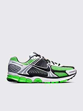 timeless design 011b4 f1d50 Nike Zoom Vomero 5 SE SP Electric Green
