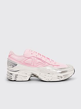 sports shoes 1b1ee 123f6 adidas x Raf Simons RS Ozweego Clear Pink   Chrome