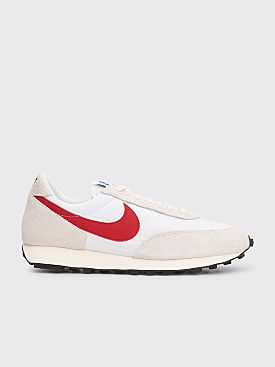 Nike Daybreak SP White / University Red