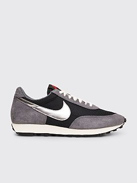 Nike Daybreak SP Black / Metallic Silver