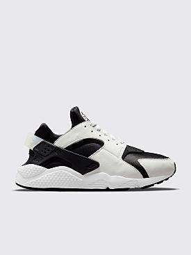 Nike Air Huarache Black / White