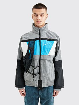 Nike ISPA Hooded Nylon Jacket Wolf Grey