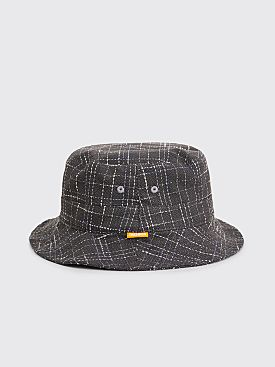 Très Bien Bucket Hat Checked Bouclé Black