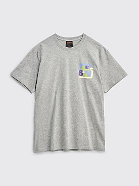 Très Bien Souvenir T-shirt Hands Logo Heather Grey
