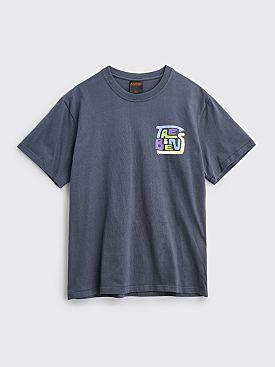Très Bien Souvenir T-shirt Hands Logo Graphite