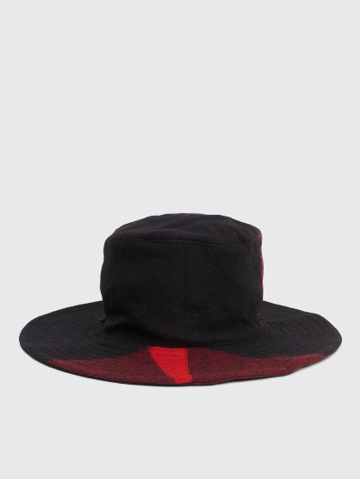 5ce98c33 Très Bien - Engineered Garments Crusher Hat Red / Black