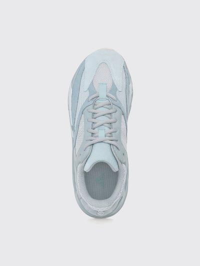aa6701cf572 Très Bien - adidas Yeezy Boost 700 Inertia
