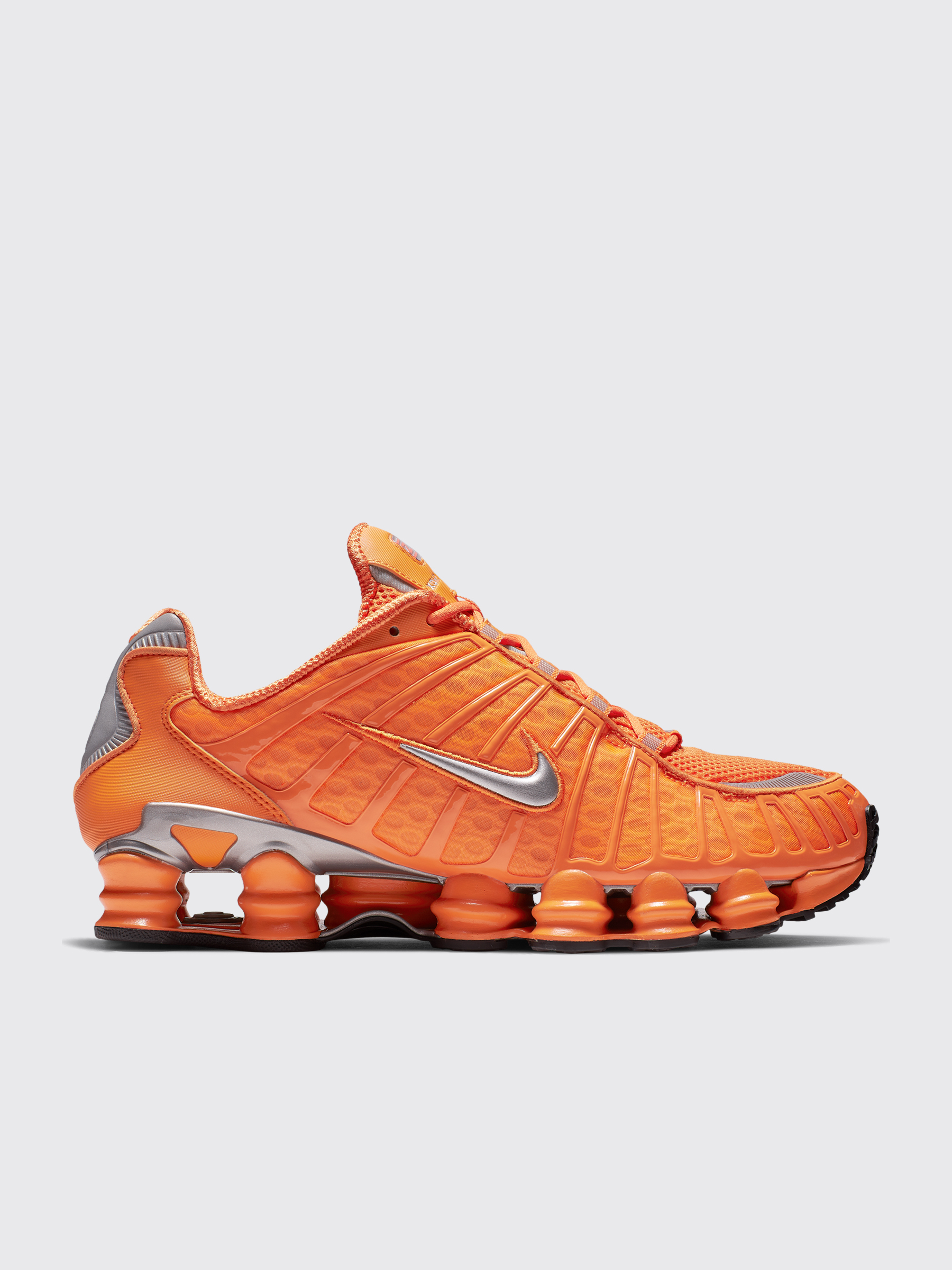 best sneakers f9d9c ed85e Très Bien - Nike Sportswear Shox TL Clay Orange