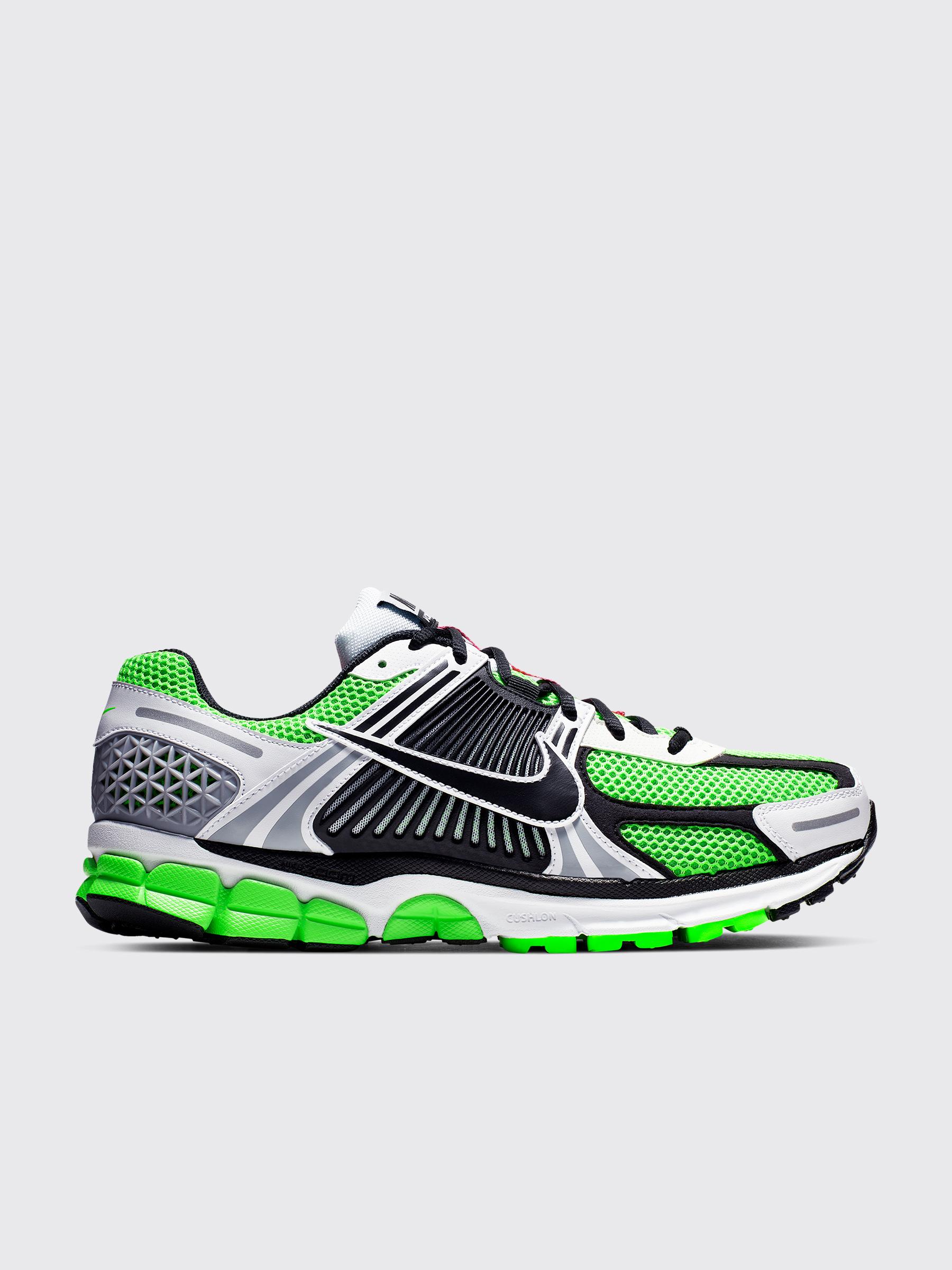 best sneakers f40ca f1db8 Très Bien - Nike Zoom Vomero 5 SE SP Electric Green
