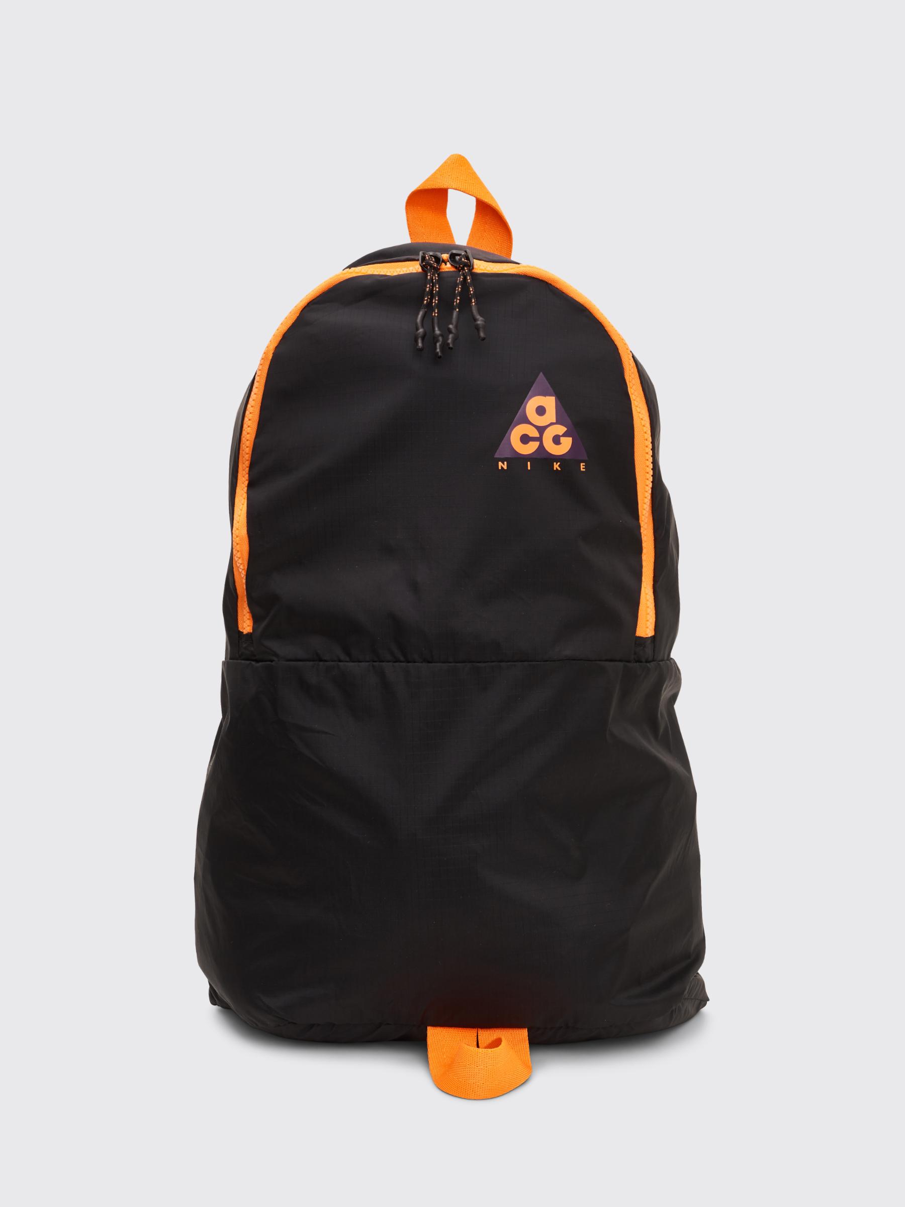 7c59917eae5 Très Bien - Nike ACG Packable Backpack Black   Night Purple   Bright ...