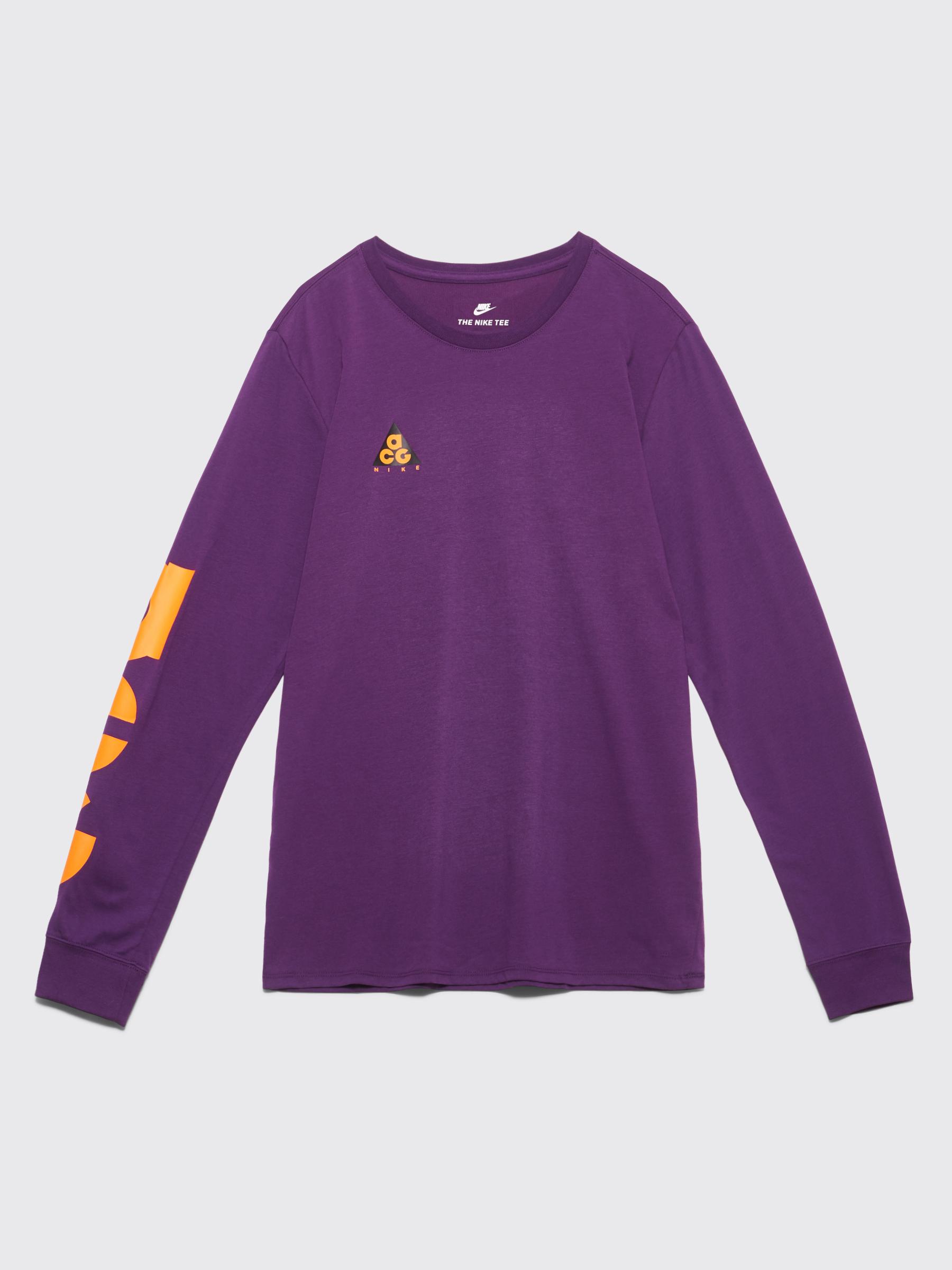 a24029c6 Très Bien - Nike Sportswear ACG Long Sleeve T-shirt Night Purple ...