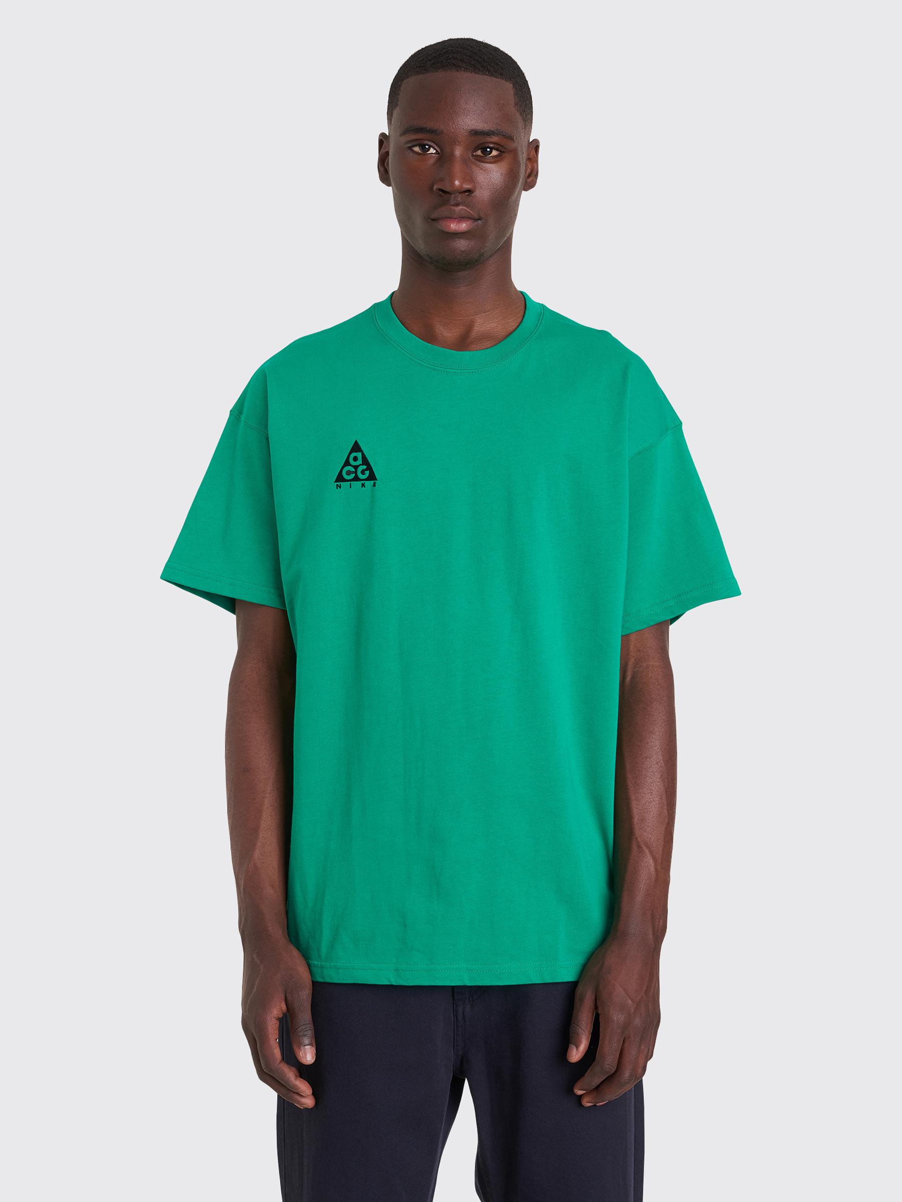 new product 86b1b 8ac36 Très Bien - Nike ACG NRG Logo Short Sleeve T-shirt Lucid Green