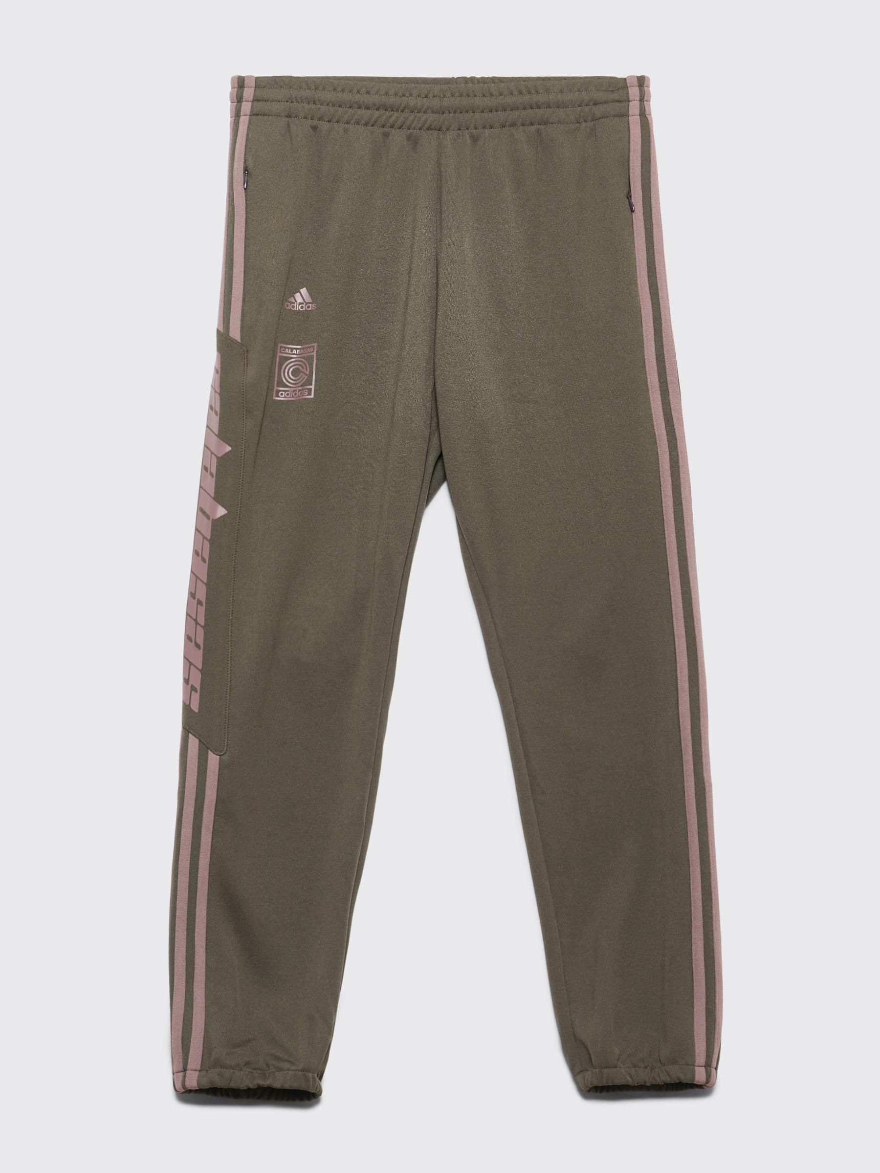 5b52fb6f3 Très Bien - Adidas Originals Yeezy Calabasas Track Pants Core   Mink
